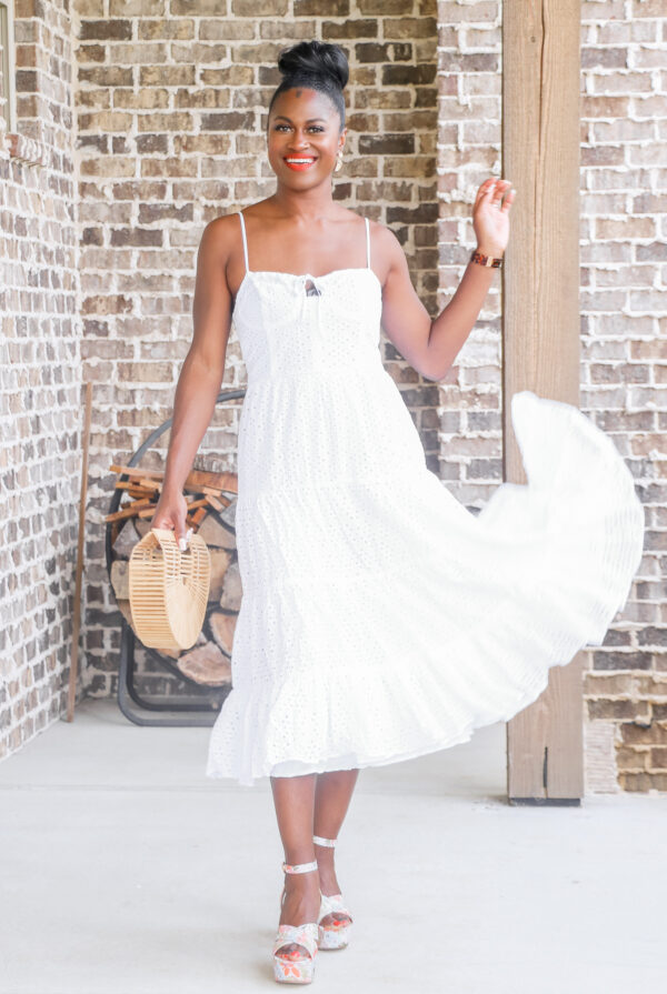 5 White Dress and Floral Shoe Combinations You Need to Try This Summer!